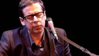 Nick Heyward sings