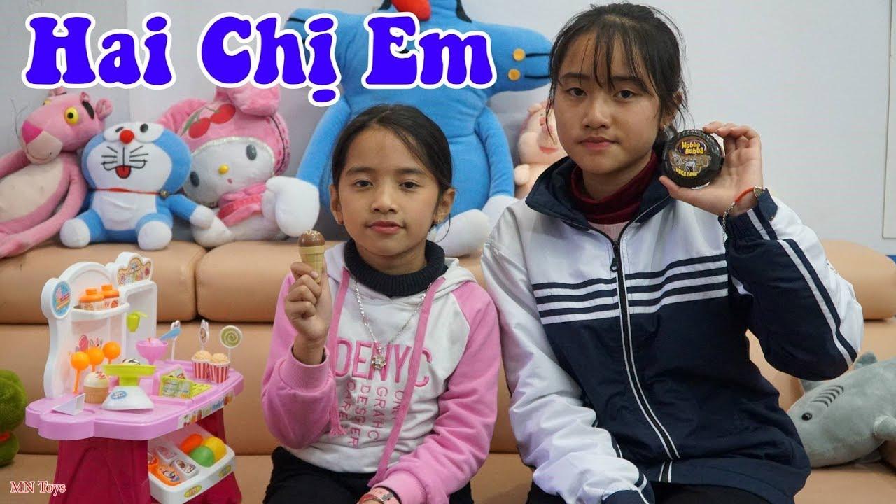 Hai Chị Em - Hộp Kẹo Hubba Bubba Cola - Dạy Trẻ Biết Yêu Thương Chia Sẻ - MN Toys