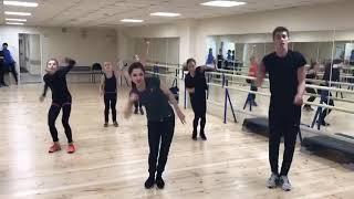 Танцы в группе Этери Тутберидзе