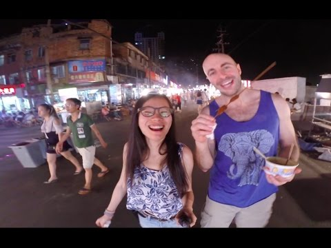 Best Night Markets | Nanning, China (Durian, Bugs, Seafood & More)