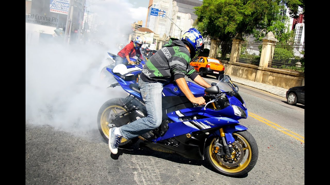 Yamaha r6 burnout cbr 1000rr vs gsxf 650 cbr600rr z for Yamaha rr 1000