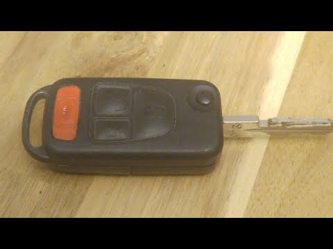 Mercedes Benz Key Fob Battery replacement – DIY