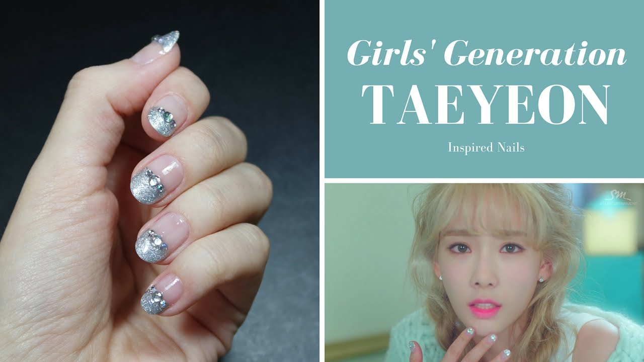 Girls\u0027 Generation,TTS TAEYEON \u0027Dear Santa\u0027 Inspired Nails