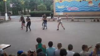 Download За нами едут полицаи Mp3 and Videos