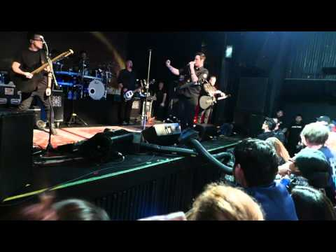 BREAKING BENJAMIN UNPLUGGED LIVE NYC 2016 PT 1