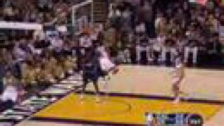 Baron Davis Alley-oop Slam Dunk Off the Backboard! NBA 07-08