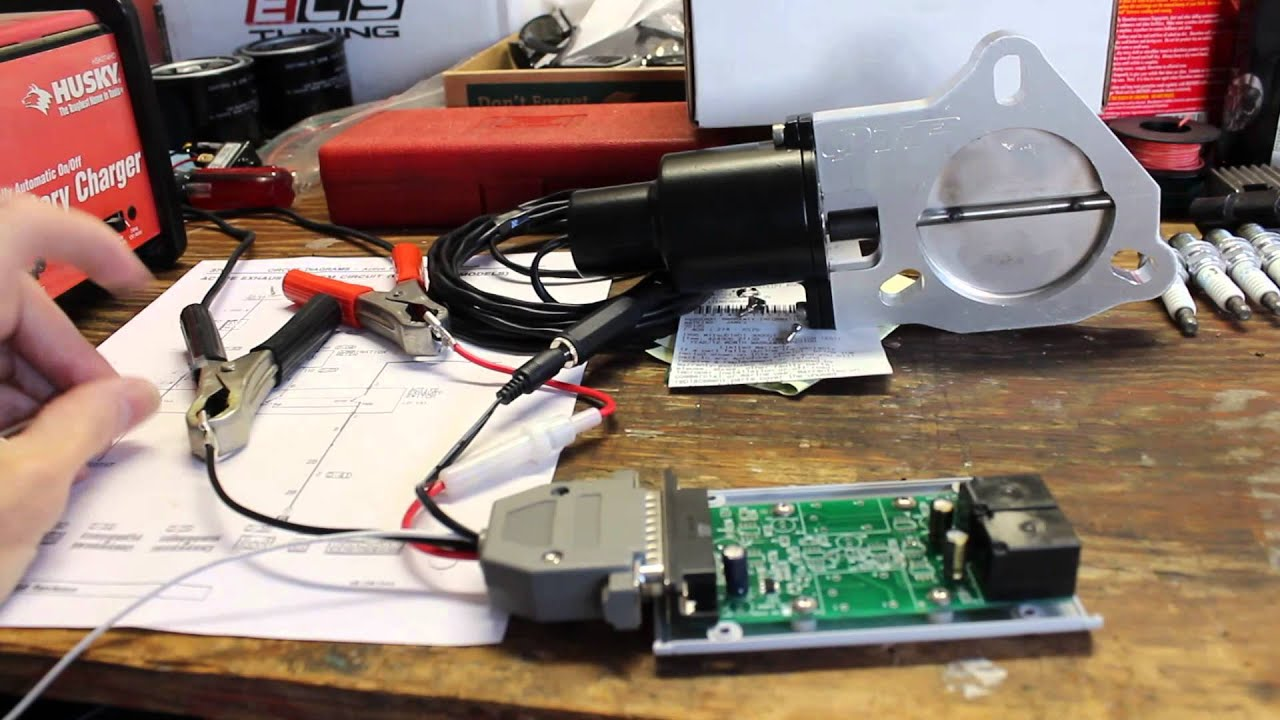 maxresdefault qtp cutout actuated by timed relays youtube Electric Exhaust Cutouts Kits at n-0.co