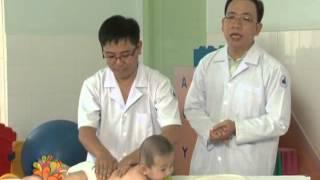 Kĩ năng matxa cho em bé - Vui Sống Mỗi Ngày [VTV3 - 12.06.2013]