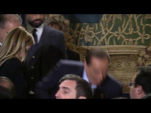 Auguri di Natale al Quirinale: Giorgetti scherza con Di Maio e Berlusconi rischia lo 'scivolone'