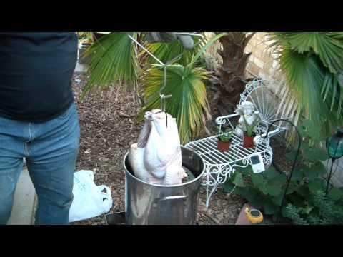 Deep Frying a turkey and an oil saving trick