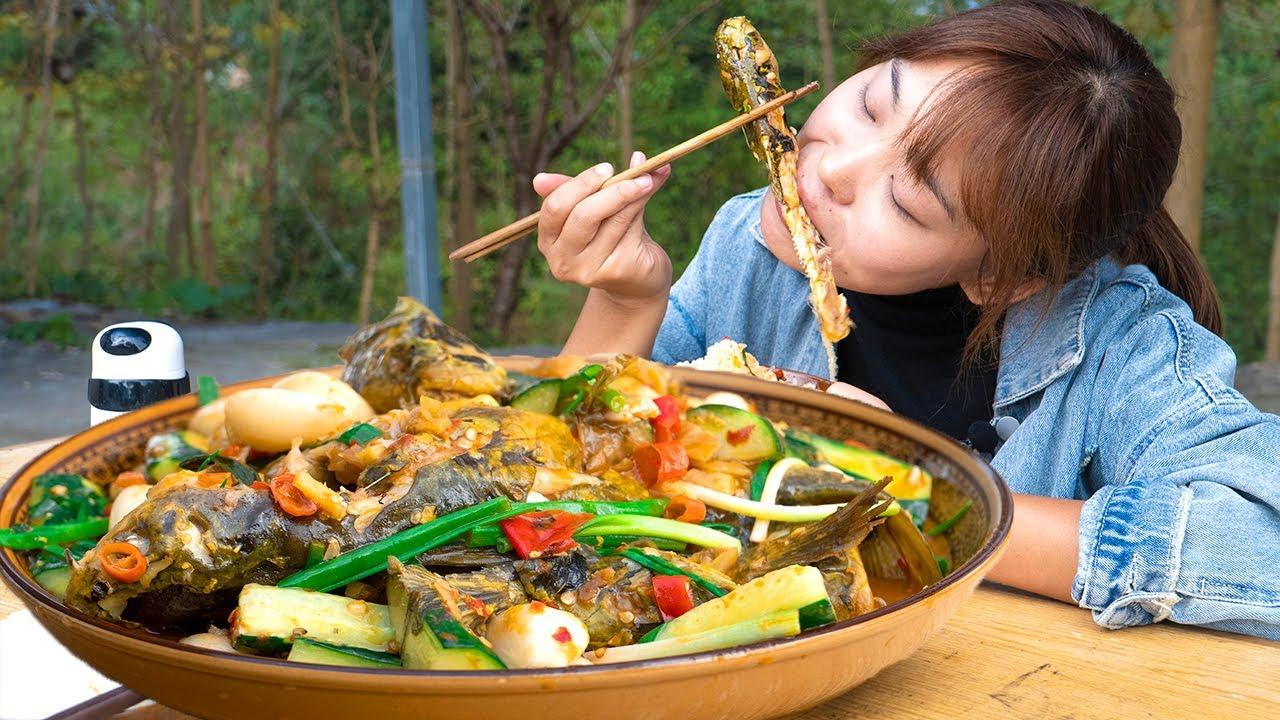 """4條黃辣丁,秋妹做""""泡椒黃辣丁魚"""",又香又辣,直接就開啃,過癮! 【顏美食】"""