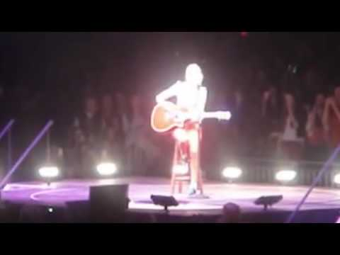Taylor Swift: The RED Tour DVD - I Almost Do Live In Omaha