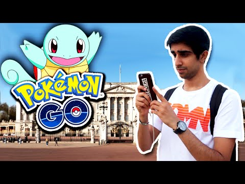 POKEMON GO AT BUCKINGHAM PALACE