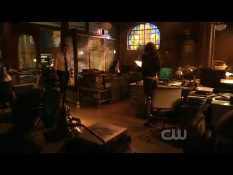 Smallville CROSSFIRE Clois  - KISS! HQ