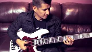 Emmanuel Espinosa Toca el Bajo ANMIEK Modelo JPEA-5 (5 Cuerdas) - ANMIEK Instruments