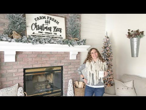 Farmhouse Holiday Christmas Home Tour - 2019