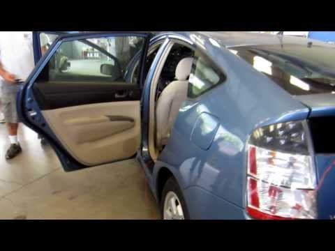 Air Bag Side Curtain and Air Bag Drivers Seat Deployment Toyota Prius