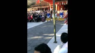 2015.2.3 富士山本宮浅間神社に横綱鶴竜関が来て土俵入り 豆まきに来ま...