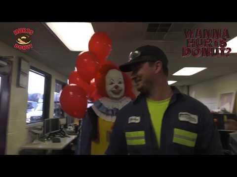 Hurts Donut Co. Clown Delivers to Alchemediaиз YouTube · Длительность: 2 мин1 с