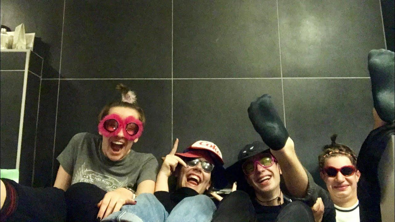 Teens go wild in party