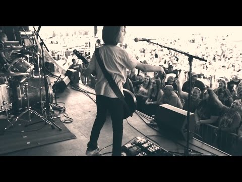 California young rockers WJM cover No One Knows at Rock The Falls Festival