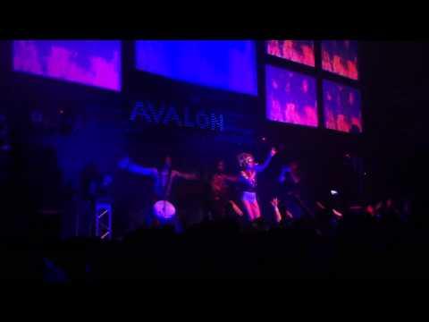 Neon Hitch - Fuck U Betta [Live]