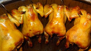 THAI STREET FOOD, BANGKOK STREET FOOD, WHOLE ROASTED CHICKEN, MBK FOOD BANGKOK,