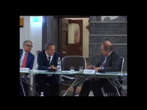 9.8 Shipping and the Law 2016 -  Session Mock Mediation: Discussion with the Charterers