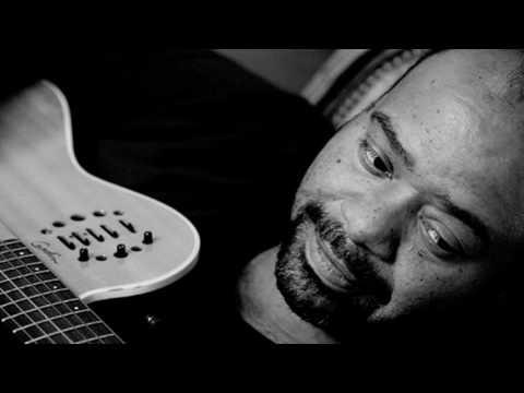 Paulo Flores - Farrar