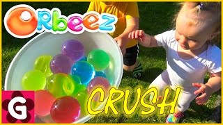 Kids playing with GIANT MAGIC ORBEEZ! Crush Play with Magic Jumbo Water Balls