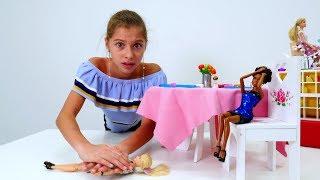 Видео для девочек Барби - ужин с подругой из Африки