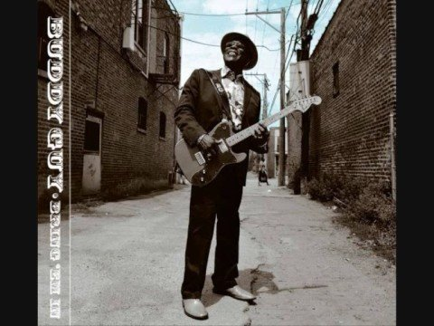 Buddy Guy - Somebody's Sleeping In My Bed