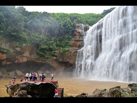 LIVE: Come join us to Chishui waterfall, largest one on Yangtze river