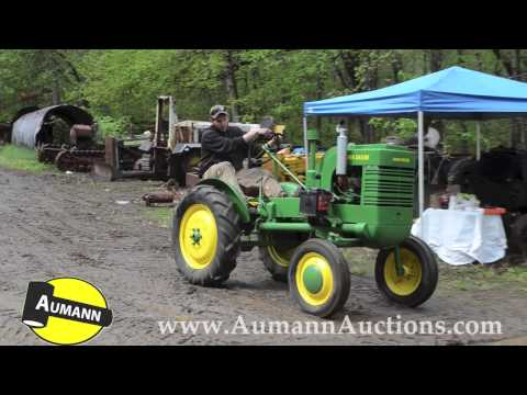 John Deere Model L Tractor - Ken Avery Antique Tractor Collection Auction