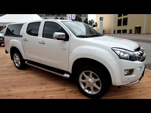 2014 Isuzu D-Max Double C Premium - Exterior and Interior Walkaround - ...