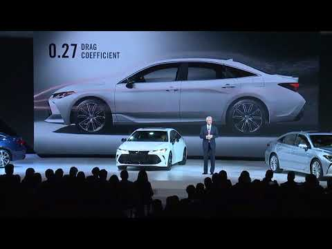 Toyota debuts 2019 Toyota Avalon makeover at Detroit auto show