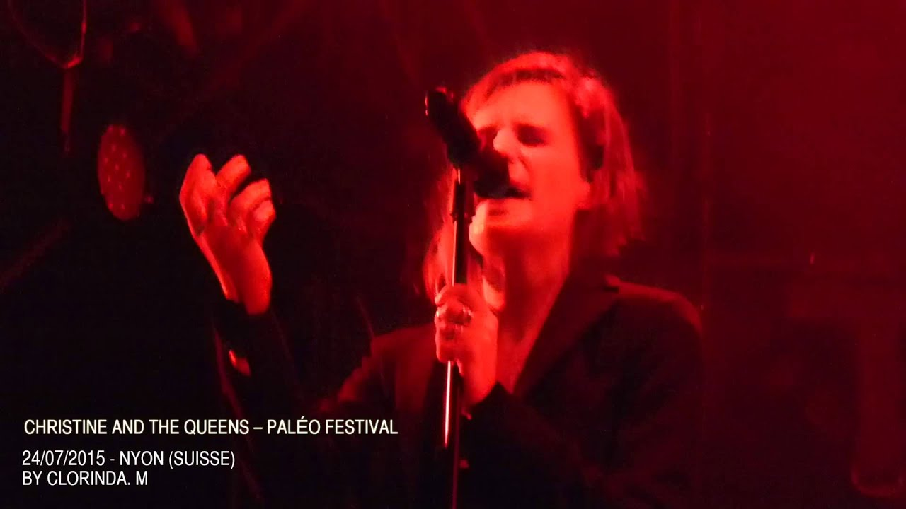 christine-and-the-queens-safe-and-holy-paleo-festival-2015-clorinda-musicart