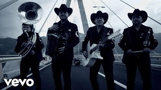 Watch Calibre 50 El Inmigrante video