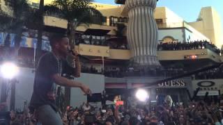 "Big Sean Performing ""Paradise"" Live"