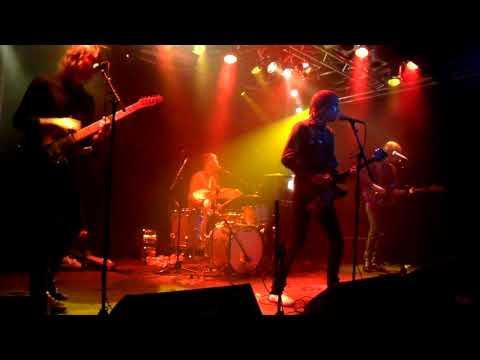 Invasionen - Hela världen brinner - Live @ Debaser, Malmö, Sweden 2009/11/04