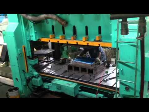 Aida  350 ton press