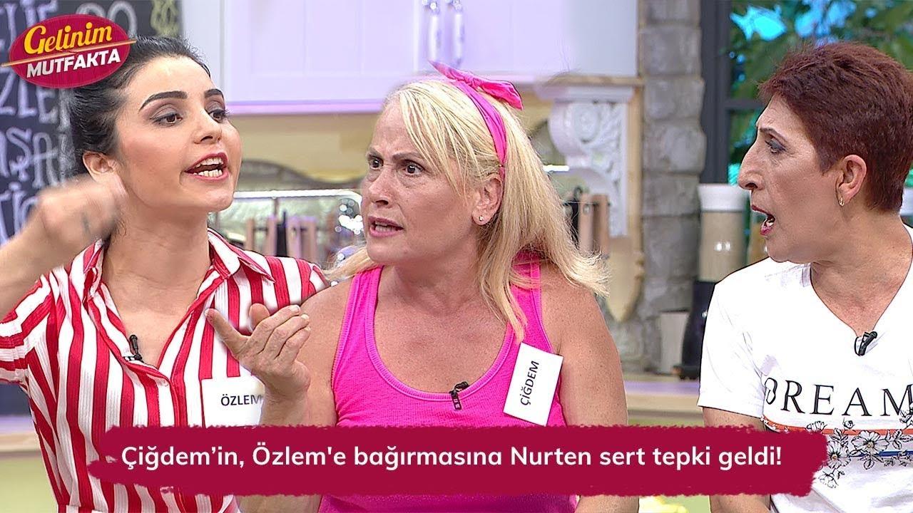 Çiğdem Hanımın, Özlem'e bağırmasına Nurten Hanımdan sert tepki geldi! Gelinim Mutfakta 91. Bölüm