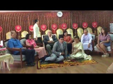 ประเภณี การแต่งงานแบบไทย บรรยายภาษาฝรั่งเศส Thailand tradition of marriage.Marriage is a ceremony