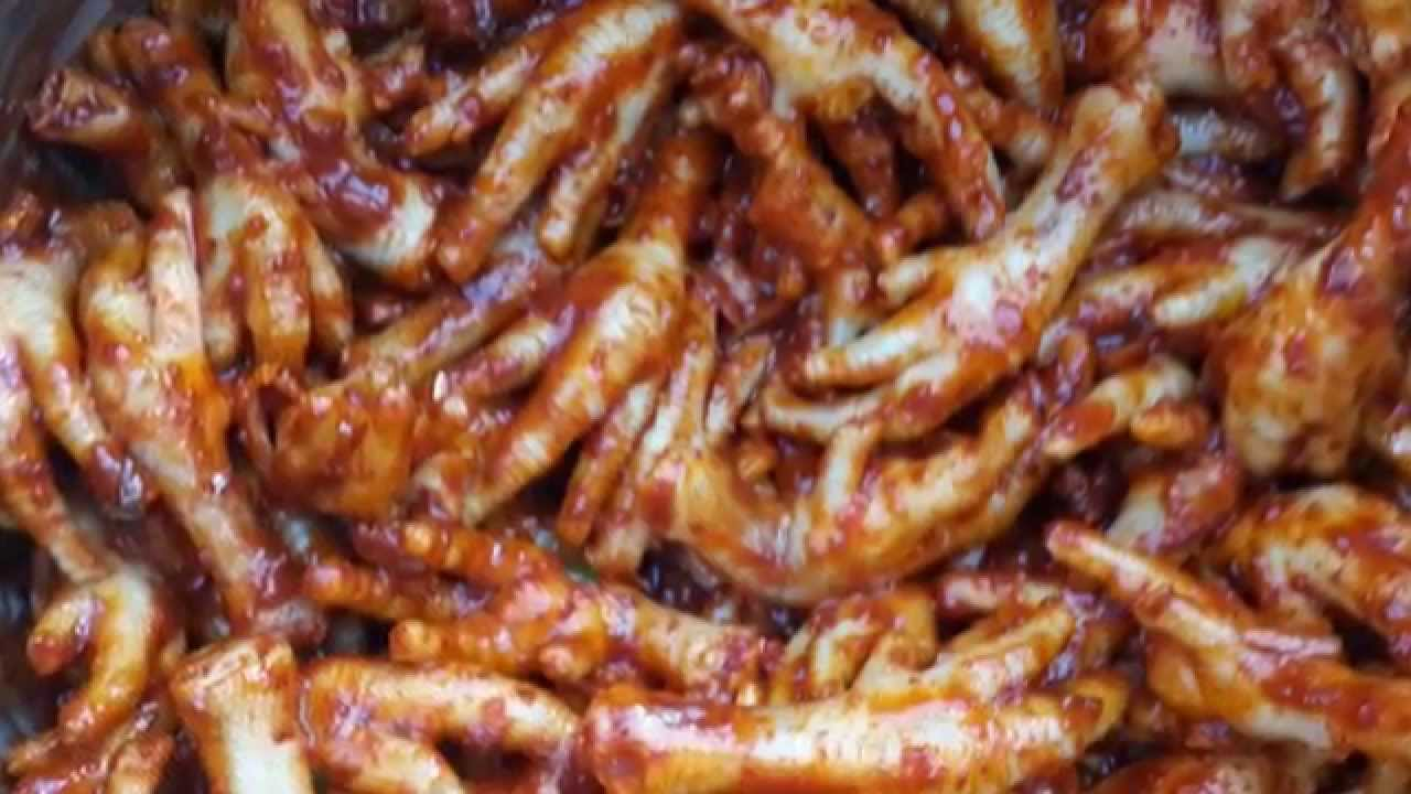 Korean food maeyun dakbal make a spicy sauce chicken feet youtube forumfinder Image collections
