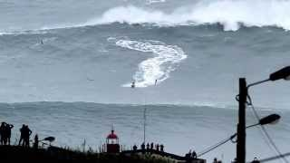 SURF EXTREME ...surf nazaré Portugal, biggest waves in the world