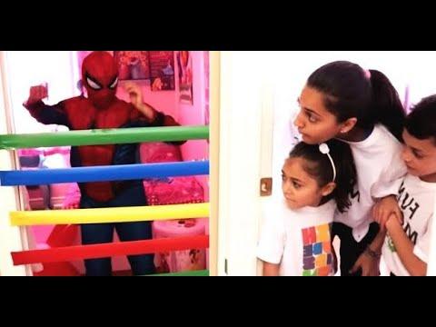 आश्चर्य खेल. मार्वल एवेंजर्स  सुपरहीरो   बच्चों के लिए  कहानियाँ Heidi & Zidane  