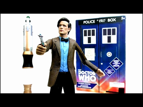 "DOCTOR WHO 11th Doctor 5.5"" Figure & Electronic Sonic Screwdriver Set Review 