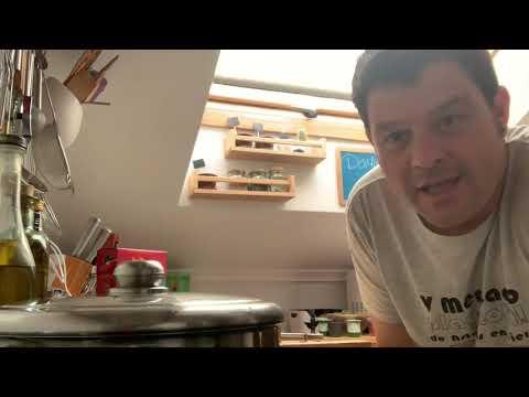 Cocina al punto: Pasta fresca de gambas y chirlas | RTVE Cocina from YouTube · Duration:  21 minutes 33 seconds