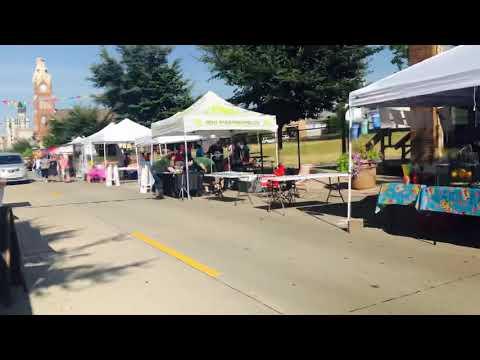 Mercado On Fifth Night Market Tour At Moline, Illinois