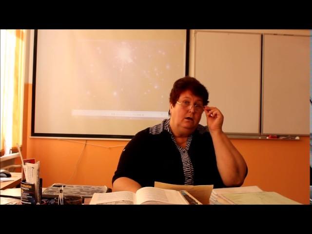 Изображение предпросмотра прочтения – Валентина ПетровнаПлотникова читает произведение «Свиваются бледные тени…» В.Я.Брюсова